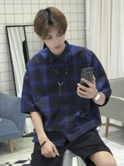 เสื้อเชิ้ตเกาหลี แต่งลายสก็อต ทรงหลวม มี2สี