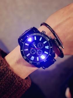 นาฬิกาข้อมือเกาหลี ดีไซน์ไฟหน้าปัด มี2สี