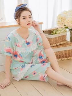ชุดนอนเกาหลี แต่งระบาย พิมพ์ลายดอกไม้ เสื้อ+กางเกง มี2สี
