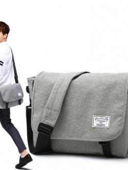 **พร้อมส่ง** กระเป๋าสะพายสีเทาเกาหลี แนวลำลอง ดีไซน์ชั้นเก็บของ