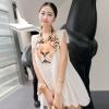 ++สินค้าพร้อมส่งค่ะ++เสื้อตัวยาวเกาหลี แขนเต่อ คอกลม ด้านหน้าพิมพ์หัวเสื้อใหญ่ แต่งปลายแขนยื่นออกมา มีซับในค่ะ – สีขาว