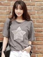 เสื้อแฟชั่นสีเทาเกาหลี แต่งรูปดาว ทรงหลวม