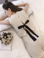 ชุดเซทเกาหลี เสื้อแขนกุด+กางเกงขาสั้น แต่งผูกโบว์ด้านหลัง มี2สี