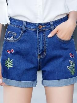กางเกงยีนส์ขาสั้นเกาหลี แต่งลายต้นไม้/ผีเสื้อ2ข้าง