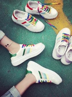 รองเท้าผ้าใบเกาหลี แต่งแถบสีสันสดใส ดีไซน์เชือกผูก มี3สี