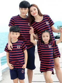ชุดครอบครัวเซท4ชุด แต่งลายริ้วสีแดง เสื้อตัวยาว+เสื้อยืดแขนสั้น+กางเกง