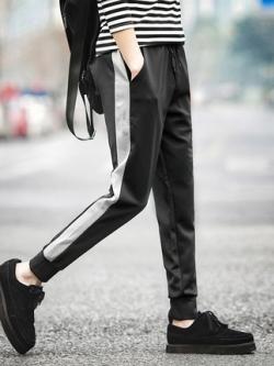 กางเกงขายาวเกาหลี แต่งแถบด้านข้าง จั้มปลายขา เอวยางยืดเชือกผูก มี2สี