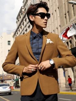 เสื้อสูทแขนยาวเกาหลี เรียบหรู แต่งกระเป๋าเสื้อด้านล่าง มี2สี