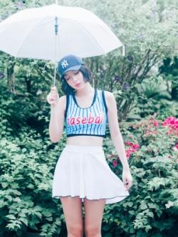 ชุดว่ายน้ำญี่ปุ่น สีน้ำเงิน/ขาว เสื้อกล้าม+กระโปรง แนวเบสบอล