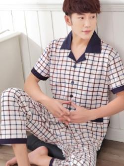 ชุดนอนเกาหลี สีขาว พิมพ์ลายตาราง เสื้อแขนสั้น+กางเกงขายาว