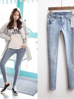 กางเกงยีนส์ขายาวเกาหลี สีฟ้าอ่อน ทรงเข้ารูป