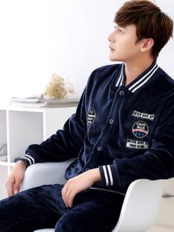 ชุดนอนสีน้ำเงินเกาหลี เสื้อแจ็คเก็ตแต่งโลโก้+กางเกงขายาว