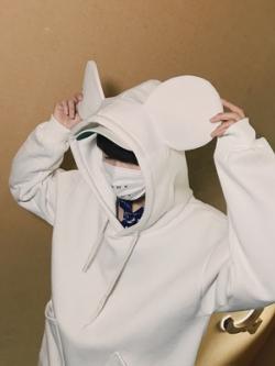 เสื้อฮู้ดแจ็คเก็ตเกาหลี แต่งฮู้ดหูหมีน่ารัก ดีไซน์กระเป๋าเสื้อ มี2สี