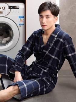 ชุดนอนลายสก็อตเกาหลี แนวเสื้อคุลมตัวยาวเซ็กซี่ แต่งสายผูก มี2สี