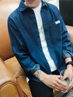 เสื้อเชิ้ตยีนส์แขนยาวเกาหลี แต่งกระเป๋าเสื้อ มี2สี