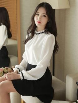 เสื้อแฟชั่นแขนยาวเกาหลี จั้มคอเสื้อ+ปลายแขน