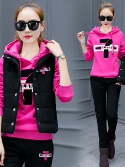 Pre Order ชุดวอร์มเกาหลี เซ็ต3ชิ้น เสื้อแขนยาวมีฮู้ดแต่งลายเลข 7+เสื้อกั๊ก+กางเกงขายาว มี3สี