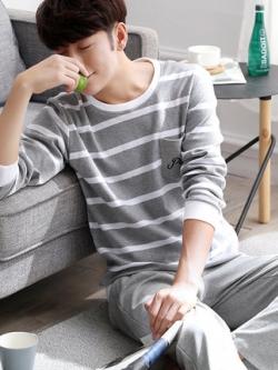 ชุดนอนสีเทาเกาหลี แต่งลายขวาง เสื้อแขนยาว+กางเกงขายาว