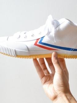 รองเท้าผ้าใบทรงสูงเกาหลี แต่งแถบสีด้านข้าง แนวคลาสสิค มี3สี