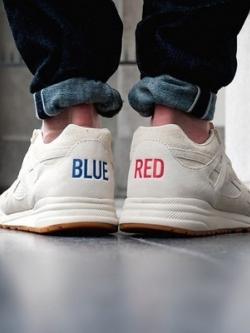 รองเท้าผ้าใบเกาหลี สีขาว แต่งลาย BLUE RED แนวตาข่าย เก๋มาก