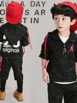 ชุดเซทฮู้ดวอร์มเด็กสีดำเกาหลี แนวSport เสื้อ+กางเกง