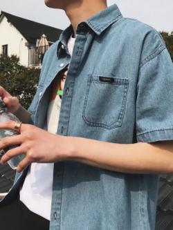 เสื้อเชิ้ตยีนส์แขนสั้นเกาหลี สีฟ้า แต่งกระเป๋าเสื้อ