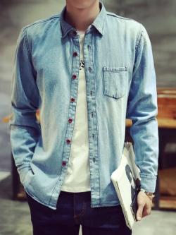 เสื้อเชิ้ตยีนส์แขนยาวเกาหลี สีน้ำเงิน แต่งกระเป๋าเสื้อ แนวอินเทรนด์ ทรงสลิม