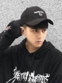 หมวกแก็ปสีดำเกาหลี พิมพ์ลายแนวฮิปฮอป