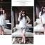PreOrderไซส์ใหญ่ - เซตคู่เสื้อกางเกงแฟชั่น ไซส์ใหญ่ คนอ้วน 3 ชิ้น เสื้อลูกไม้สีขาว พร้อมเสื้อสายเดียวซับข้างใน กางเกงขาสั้นพิมพ์ลายดอกไม้ีดำขาว thumbnail 4