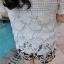 PreOrderไซส์ใหญ่ - เซตคู่เสื้อกางเกงแฟชั่น ไซส์ใหญ่ คนอ้วน 3 ชิ้น เสื้อลูกไม้สีขาว พร้อมเสื้อสายเดียวซับข้างใน กางเกงขาสั้นพิมพ์ลายดอกไม้ีดำขาว thumbnail 7