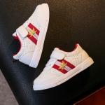 รองเท้ากีฬาPU#แบบแปะเมจิกเทป#แถบธงเมเปิ้ล สีแดง
