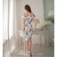 ชุดเดรสสวยๆ ผ้าโพลีเอสเตอร์ผสม พื้นสีขาว พิมพ์ลายดอกไม้โทนสีแดงและน้ำเงิน เปิดไหล่ thumbnail 5