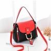 พร้อมส่ง กระเป๋าถือและสะพายข้างผู้หญิง แฟชั่นเกาหลี รหัส Yi-0018 สีดำ 1 ใบ