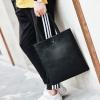 Pre-order กระเป๋าถือสะพายลำลอง กระเป๋าช้อปปิ้ง แฟชั่นเกาหลีผู้ชาย ใส่Tab 12 นิ้วรหัส Man-9869 สีดำ