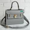 พร้อมส่ง HB-4245 สีเทาเข้ม กระเป๋าสะพายถือและสะพายข้างนำเข้า แต่งอะไหล่แม่กุญแจ