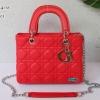 พร้อมส่ง DB-1804-M สีแดง กระเป๋าแฟชั่น Lady design พร้อมสายสะพายโซ่ปรับได้ มีถุงผ้า