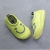 รองเท้าผ้าใบลักยิ้มแบบสวมผ้านุ่ม สีเขียวอ่อน