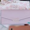 พร้อมส่ง รหัส T5114-001 สีม่วง กระเป๋าสตางค์ยาวหนังลิ้นจี่เงาสวยแต่งอะไหล่พร้อมกล่องลายดอกไม้หรู