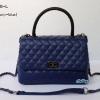 พร้อมส่ง DB-9008-L สีน้ำเงิน กระเป๋าแฟชั่น COCO design หนัง PU นุ่มฟู พร้อมสายสะพายโซ่งานเย็บพรีเมี่ยม *ไม่ปั๊มแบรนด์ มีถุงผ้า