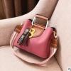 พร้อมส่ง ขายส่งกระเป๋าผู้หญิง แฟชั่นเกาหลี ถือและสะพายข้าง แต่งตัวบี Yi-0202 สีชมพู 1 ใบ