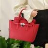 พร้อมส่ง กระเป๋าถือสตรีและสะพายข้าง แฟชั่นเกาหลี รหัส sunny-1025 สีแดง 1 ใบ