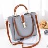 พร้อมส่ง กระเป๋าถือและสะพายข้างผู้หญิง รหัส Yi-7009 สีเทา 1 ใบ