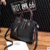 พร้อมส่ง ขายส่ง กระเป๋าถือและสะพายข้างแฟชั่นสไตล์เกาหลี รหัส KO-697 สีดำ 1 ใบ *แถมจี้รูปแมว