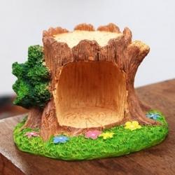 (โพรงไม้) Idyllic forest tree holes