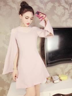 มินิเดรส ผ้าโพลีเอสเตอร์ผสม สีชมพูรากบัว (ชมพูตุ่น) ช่วงไหล่เป็นผ้าซีทรู แขนยาว