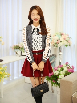 แฟชั่นเกาหลี เสื้อผ้าคอตตอน ทอลายตารางเล็กๆ สีดำขาว แขนยาว หน้าอกเสื้อแต่งด้วยผ้าถักวงกลมสีขาว