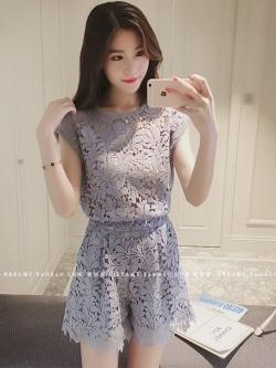 แฟชั่นเกาหลี set เสื้อและกางเกง ผ้าลูกไม้ถักลายใบไม้สีฟ้าอมเทา น่ารักมากๆ