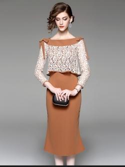 ชุดเดรสยาว ผ้าโพลีเอสเตอร์ผสม สีน้ำตาล ตัวเสื้อด้านนอกและแขนเสื้อเป็นผ้าลูกไม้สีขาว