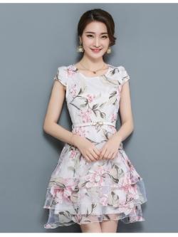 ชุดเดรสน่ารักๆ ผ้าไหมแก้ว organza สีขาว ทอลายเส้นดอกไม้สีชมพู ใบไม้สีเทาครีม