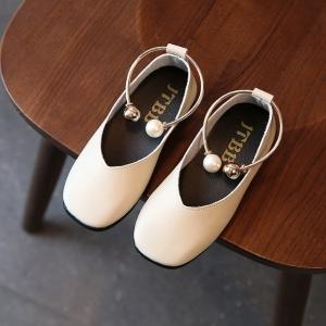 รองเท้าเด็กคัทชูpuหนังนิ่ม แต่งด้วยกำไลรัดข้อเท้าประดับมุก # สีเบจ(ครีมๆไม่ใช่สีขาวนะคะ)